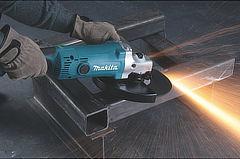 prizes-makita-ga9050-2-2000w-angle-grinder